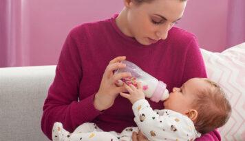 Babyflaschen: Glas oder Plastik? Was ist die bessere Wahl?