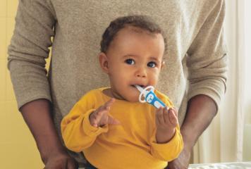 Zähne putzen bei Babys: So schaffst Du es!