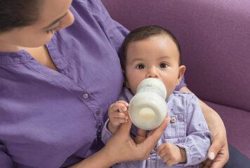 Babyflaschen für Neugeborene: 5 Kriterien auf die du achten solltest