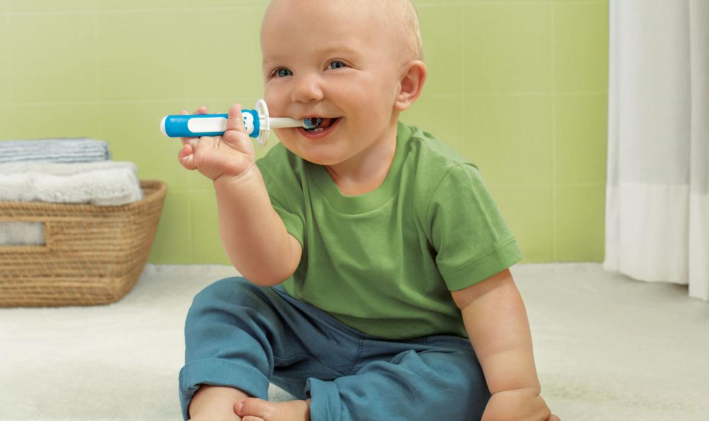 Richtige Mundhygiene bei Babys: So bleiben die Zähnchen von Anfang an gesund